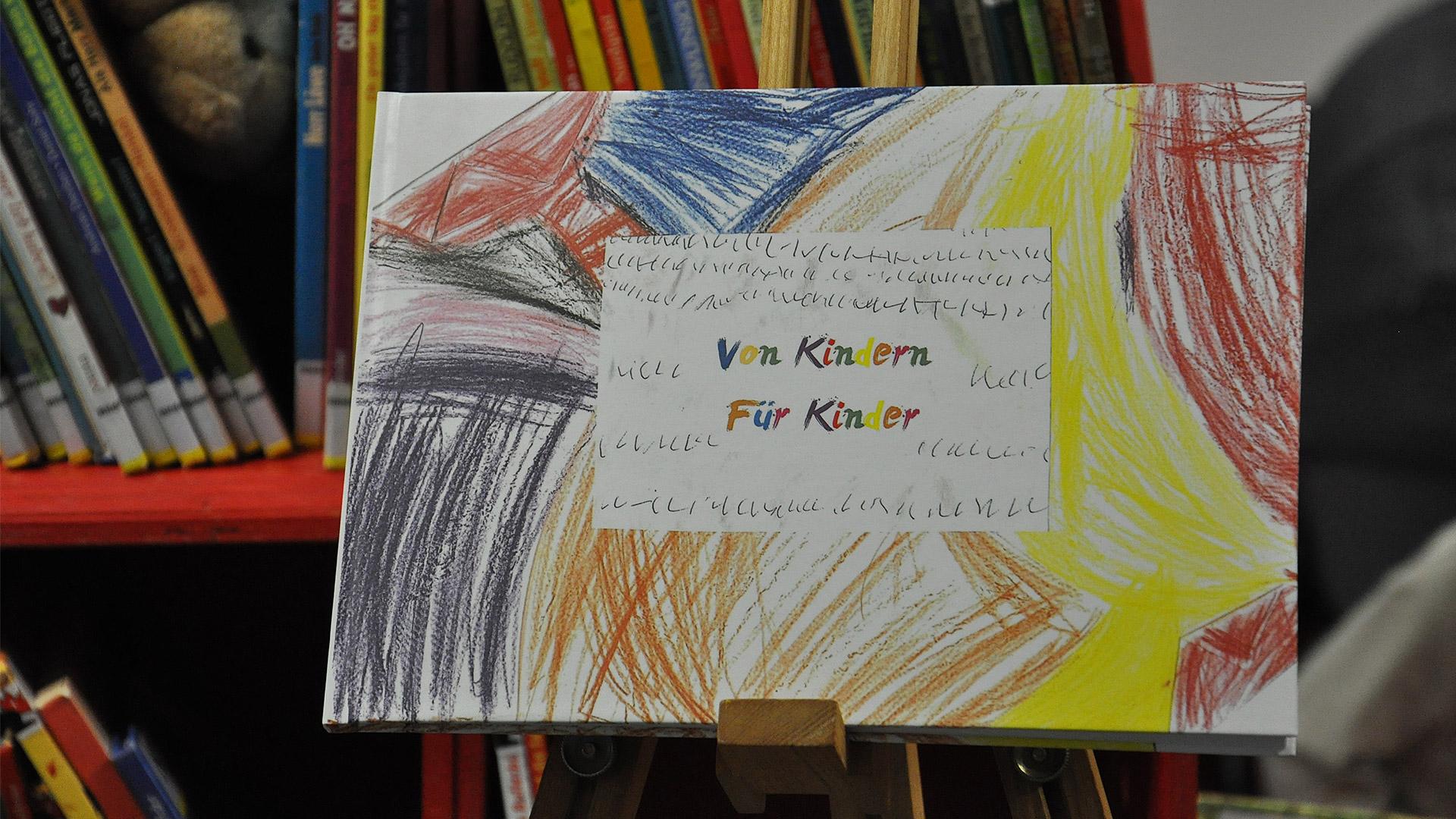 """Buchprojekt """"Von Kindern für Kinder"""" unterstützt"""